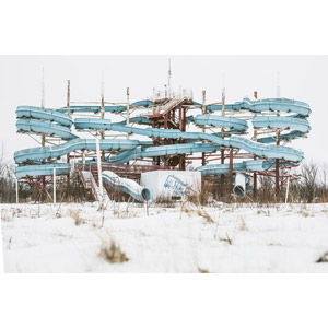 フリー写真, 風景, 遊具, ウォータースライダー, 廃墟