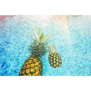 フリー写真, 食べ物(食料), 果物(フルーツ), パイナップル, 水, プール