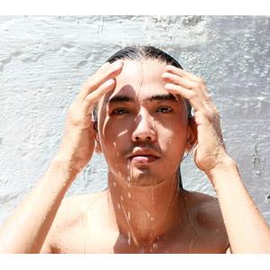 フリー写真, 人物, 男性, アジア人男性, 水浴び