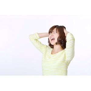フリー写真, 人物, 女性, アジア人女性, 日本人, 女性(00086), 頭を抱える, 叫ぶ, 失敗