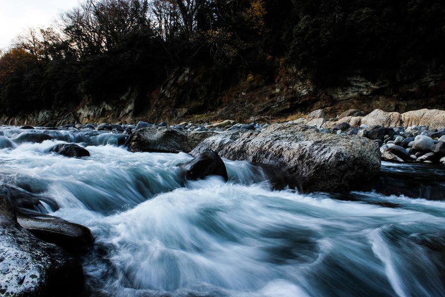 フリー写真 百蔵山の渓流風景