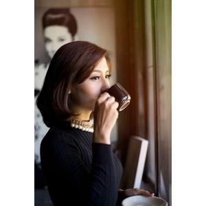 フリー写真, 人物, 女性, アジア人女性, Trịnh Linh(00143), 飲む, コーヒー(珈琲)