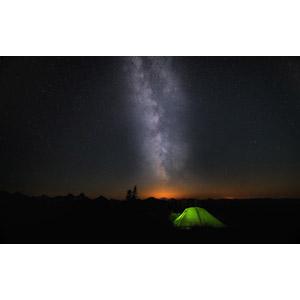 フリー写真, 風景, 夜, 夜空, 星(スター), 天の川, テント, キャンプ