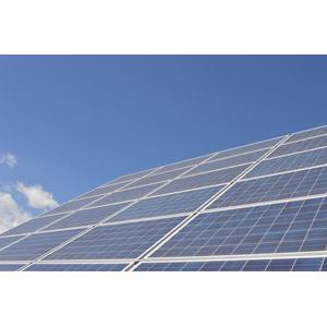 フリー写真, 機械, ソーラーパネル, 太陽光発電, 再生可能エネルギー, 発電, エコロジー, 青空