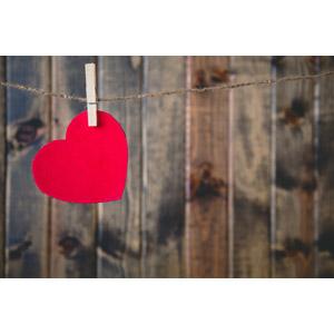 フリー写真, 背景, ハート, 愛(ラブ), 木材, 洗濯ばさみ