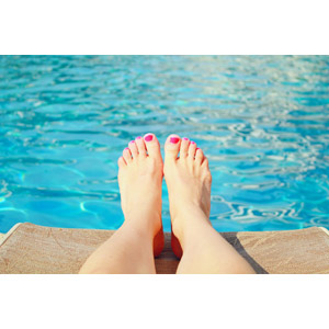 フリー写真, 人体, 足, プール, 水, ペディキュア