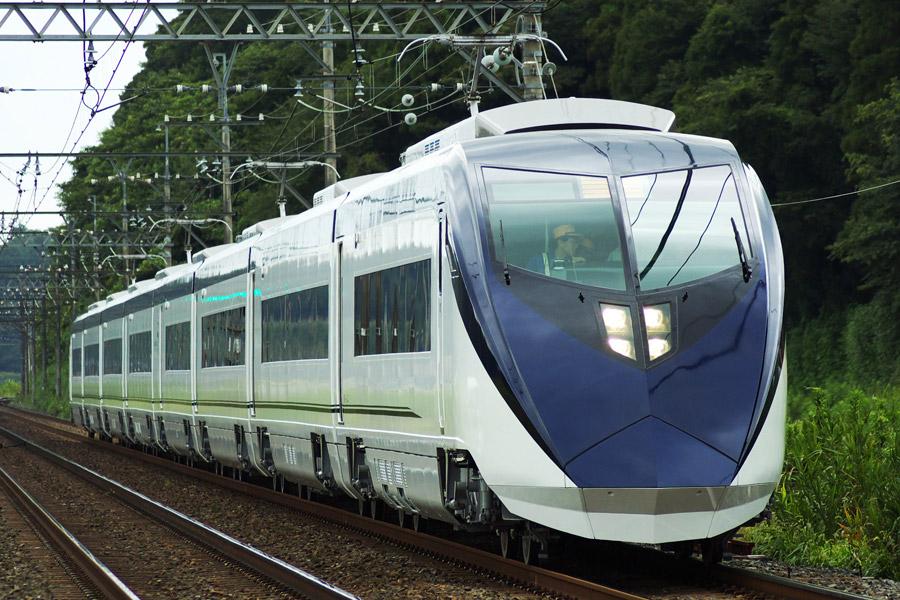 フリー写真 二代目京成AE形電車のスカイライナー