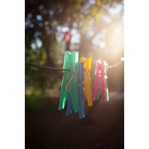 フリー写真, 風景, 太陽光(日光), 洗濯ばさみ, 洗濯