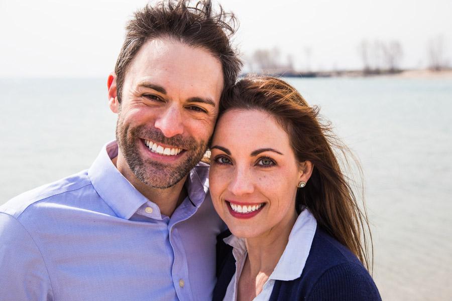 フリー写真 笑顔の夫婦