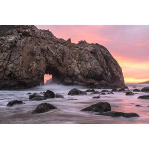 フリー写真, 風景, 自然, ビーチ(砂浜), 海蝕洞(海食洞), 岩, アメリカの風景, カリフォルニア州, 夕暮れ(夕方), 夕焼け