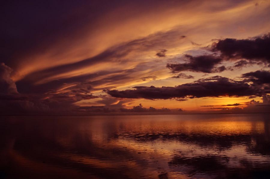 フリー写真 モーリシャスの夕空と海の風景