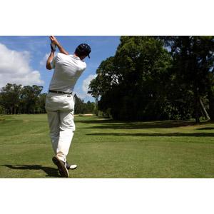 フリー写真, 人物, 男性, ゴルファー, スポーツ, 球技, ゴルフ, 後ろ姿