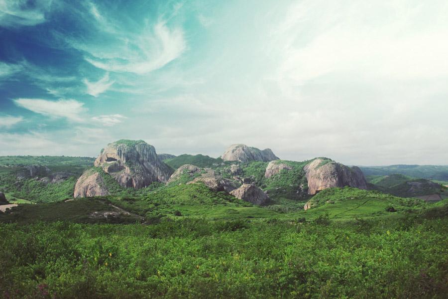 フリー写真 ブラジルの岩山の風景