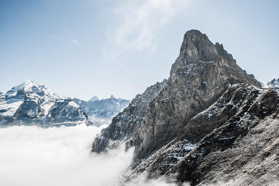 フリー写真 雲海とブンダーシュピッツの山の風景