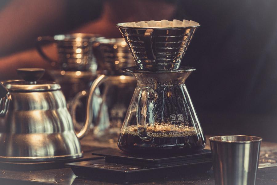 フリー写真 ドリップ中のコーヒー