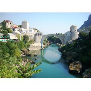フリー写真, 風景, 建造物, 橋, 河川, スタリ・モスト, ボスニア・ヘルツェゴビナの風景, 世界遺産, 旧市街