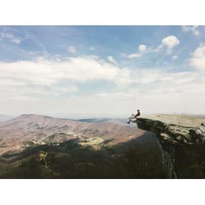フリー写真, 人物, 男性, 人と風景, 崖, 眺める, アメリカの風景, バージニア州