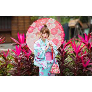 フリー写真, 人物, 女性, アジア人女性, 欣欣(00001), 中国人, 和服, 浴衣, 日傘, 巾着袋
