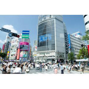 フリー写真, 風景, 建造物, 建築物, 高層ビル, 都市, 街並み(町並み), 人込み(人混み), 横断歩道, 道路, 日本の風景, 東京都