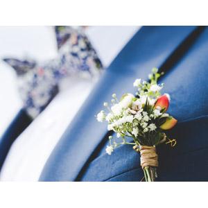 フリー写真, 結婚式(ブライダル), ブートニア, 花婿(新郎), タキシード