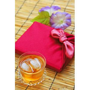 フリー写真, 贈り物, お中元, 7月, 8月, 夏, 風呂敷, 飲み物(飲料), お茶, 麦茶