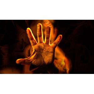 フリー写真, 人体, 手, ヒエログリフ, 黒背景, 超能力