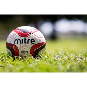 フリー写真, スポーツ, 球技, サッカー, サッカーボール, 芝生