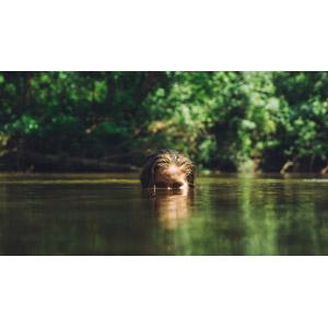 フリー写真, 人物, 女性, 外国人女性, 河川, 川遊び, 人と風景