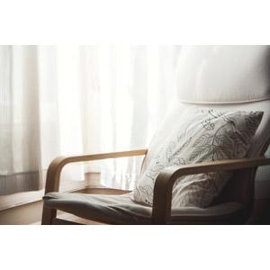 フリー写真, 風景, 部屋, 家具, 椅子(イス), クッション, カーテン