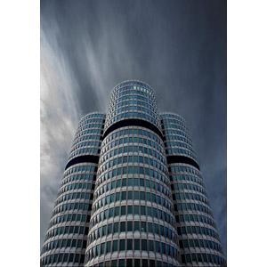 フリー写真, 風景, 建造物, 建築物, 高層ビル, 暗雲, BMW, ドイツの風景, バイエルン州, ミュンヘン