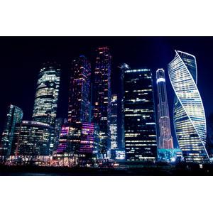 フリー写真, 風景, 建造物, 建築物, 高層ビル, 都市, 夜, 夜景, モスクワ国際ビジネスセンター, ロシアの風景, モスクワ