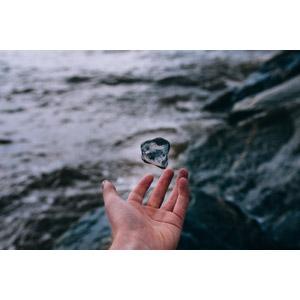 フリー写真, 人体, 手, 石, 宙に浮く(空中浮遊), 落下(落ちる)