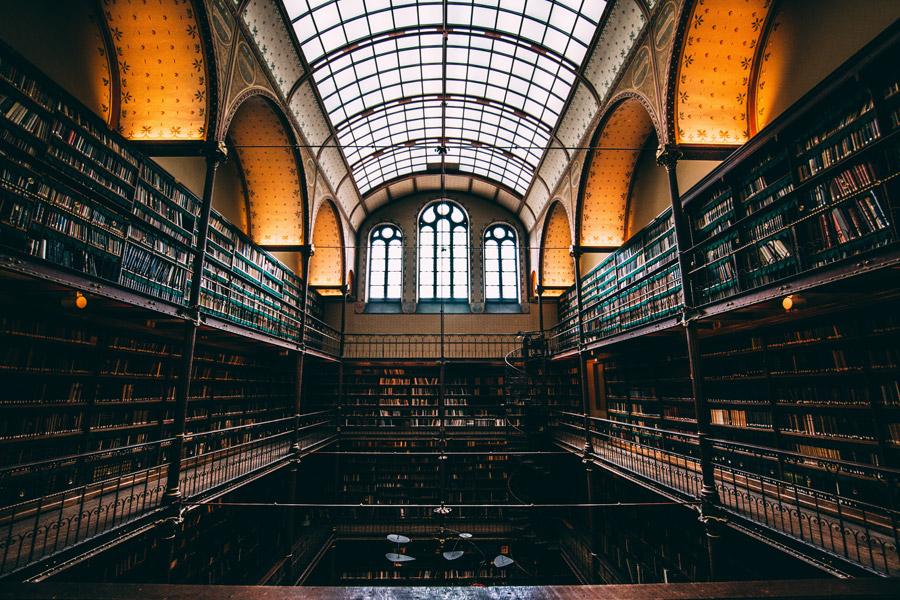 フリー写真 アムステルダム国立図書館内の風景
