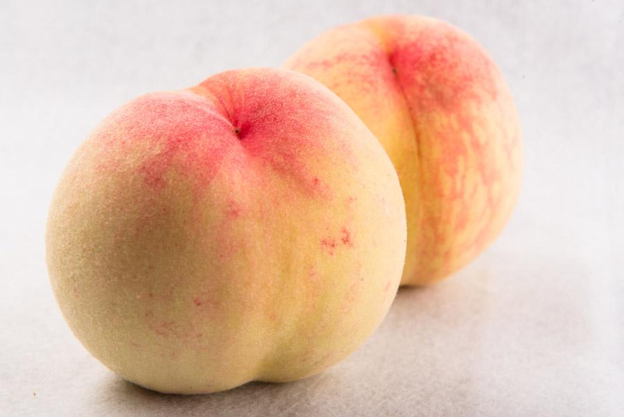 フリー写真 果物の桃