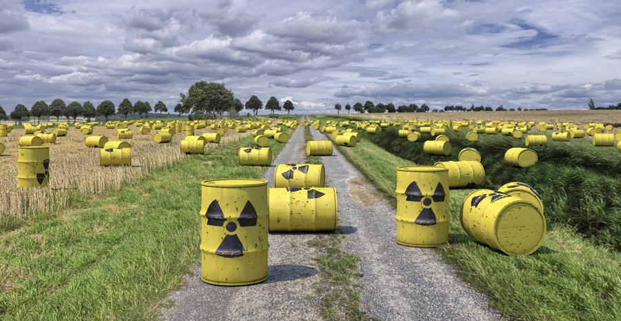 フリー写真 溢れる放射性廃棄物