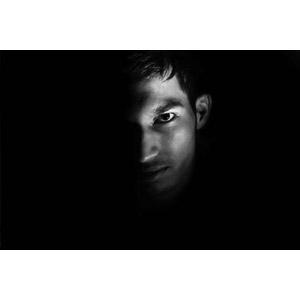 フリー写真, 人物, 男性, 外国人男性, インド人, 黒背景, 顔, モノクロ