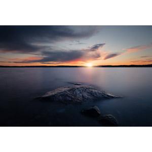フリー写真, 風景, 自然, 岩, 海, 夕暮れ(夕方), 夕日, 日の入り, スウェーデンの風景