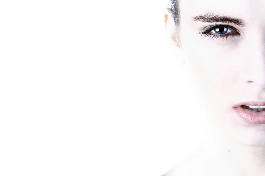 フリー写真 美容イメージの外国人女性の顔