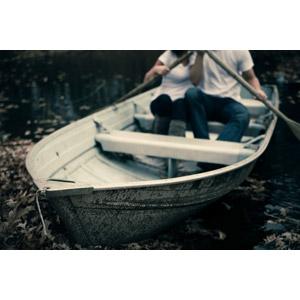 フリー写真, 人物, カップル, 恋人, 人と乗り物, 乗り物, 船, 手漕ぎボート, 二人