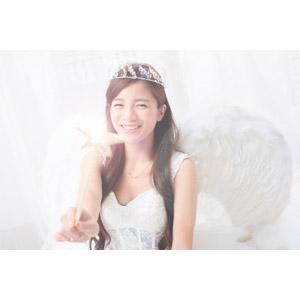 フリー写真, 人物, 女性, アジア人女性, Daisy(00265), 中国人, 天使(エンジェル), 魔法の杖(ロッド), 笑う(笑顔)