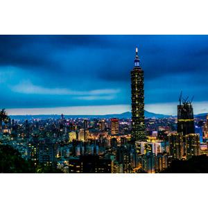 フリー写真, 風景, 建造物, 建築物, 高層ビル, 都市, 街並み(町並み), 台北101, 夜, 夜景, 台湾の風景