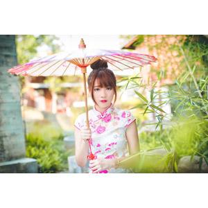 フリー写真, 人物, 女性, アジア人女性, 欣欣(00001), 中国人, チャイナドレス, 日傘