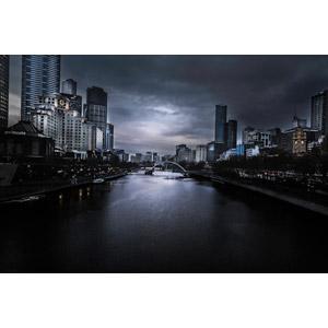 フリー写真, 風景, 建造物, 建築物, 高層ビル, 都市, 街並み(町並み), 橋, 河川, 暗雲, オーストラリアの風景