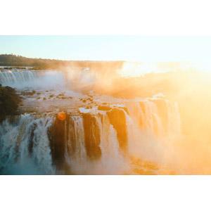 フリー写真, 風景, 自然, 滝, イグアスの滝, 太陽光(日光), アルゼンチンの風景, ブラジルの風景, 世界遺産