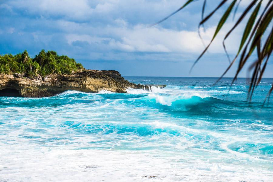 フリー写真 インドネシアの海と海岸風景