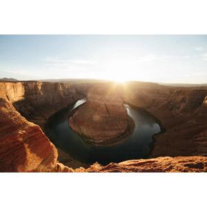 フリー写真, 風景, 自然, 渓谷, 河川, ホースシューベンド, アメリカの風景, アリゾナ州, コロラド川, 朝日, 太陽光(日光), 朝