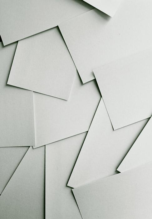 フリー写真 散らばった紙の背景
