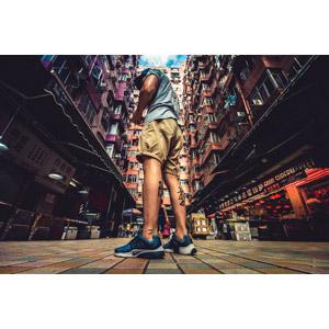 フリー写真, 人物, 男性, 人と風景, 入れ墨(タトゥー), 高層ビル, マンション(団地), 中国の風景, 香港