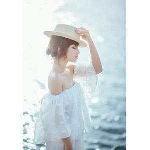 フリー写真, 人物, 女性, アジア人女性, ベトナム人, 帽子, 目を閉じる, 横顔, 麦わら帽子, 女性(00201), 海