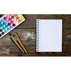 フリー写真, 画材, 絵筆(画筆), 絵の具, スケッチブック